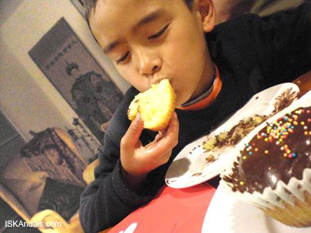 iskandals-cupcakes4.jpg