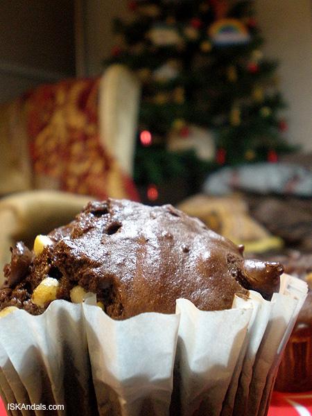 Iska's triple choc muffins